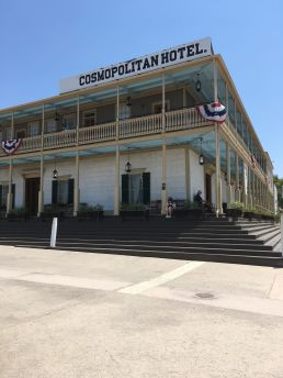Cosmopolitan Hotel Old Town